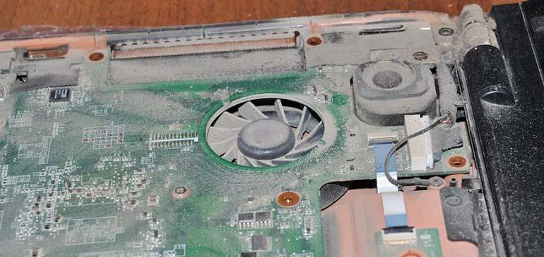 Пыль в ноутбуке