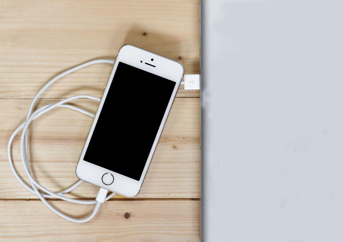 Подключаем телефон с ноутбуком USB проводом